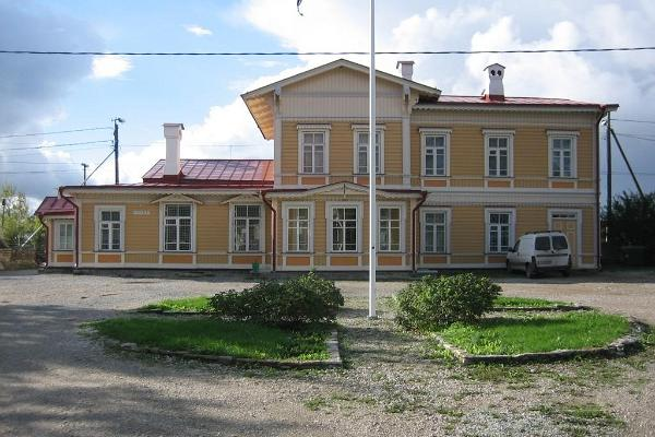 Paldiski railway station main building