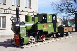 Monumentet av den smalspåriga järnvägen I Pärnu