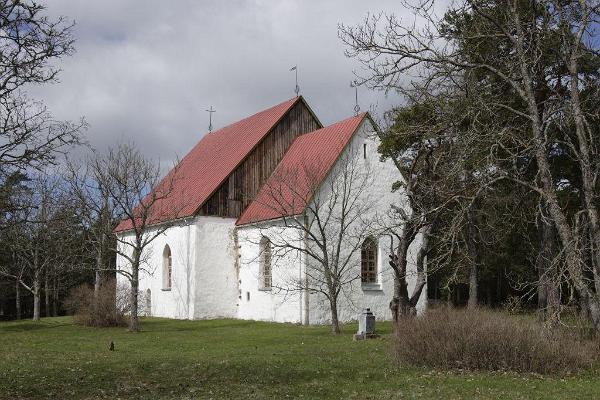 Die St. Olai-Kirche in Vormsi
