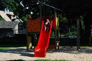 Der Kinderspielpark in der Posti-Straße in Haapsalu