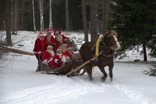 Jultomtens Korstna gård