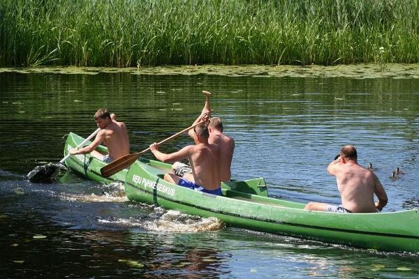 Reiu Puhkekeskuse kanuu- ja paadilaenutus