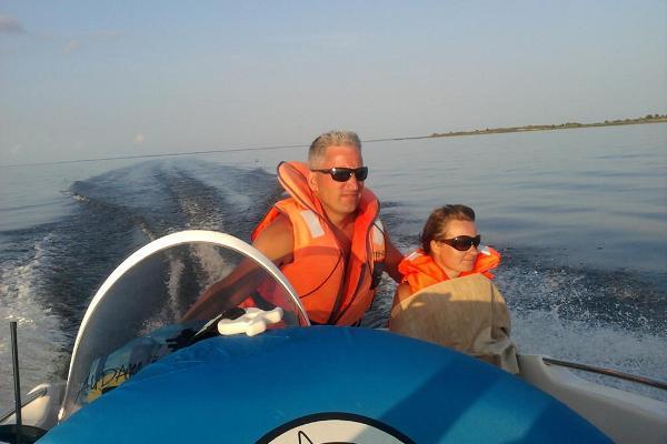 Motorbootfahrt auf dem Peipussee