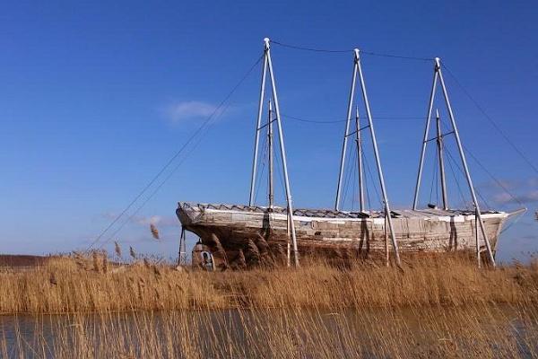 Motor sailboat Ernst Jaakson
