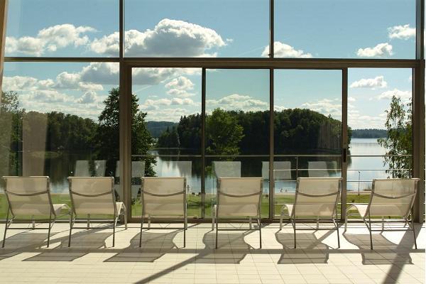 Pihajerves Spa & Atpūtas centrs, skats no peldbaseina loga uz Pihajervi