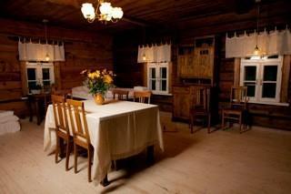 Nautse Mihkli külalistemaja (Nautsen Mihklin vierastalo)