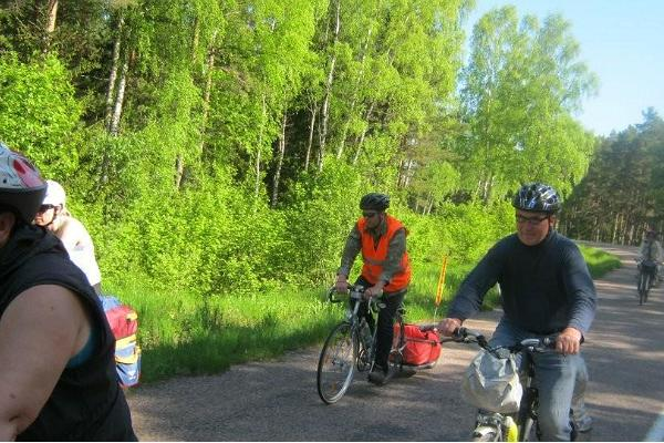 Harivad veloga ja jalgsi loodusmatkad Saaremaal, Muhus ja Abrukal