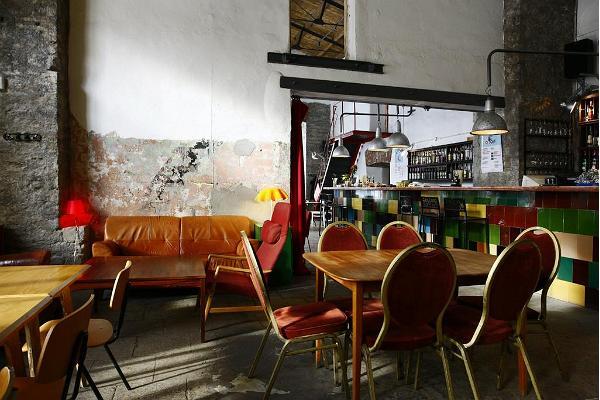 Restorāns F-hoone