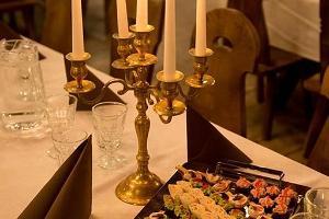 Kochi Aidad, tavern and a coffee room