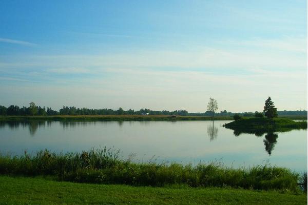 Kamari järve puhkeala