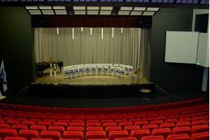 Haljala Rahvamaja konverentsi- ja kontserdisaal
