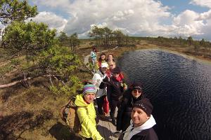 Kanuu.ee canoe trip in Soomaa with a bog walk