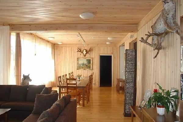 Eistvere Hunting Lodge