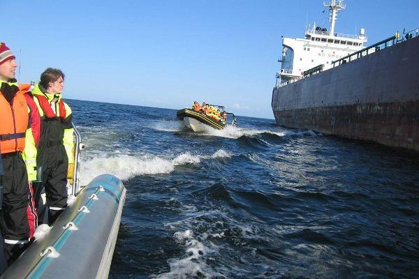 RIB- safari 1h ja Kaptenimaja / laevasaun Rohuneeme sadamas