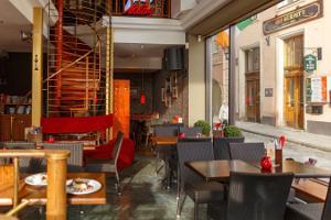 Kahvila Vana Toomas