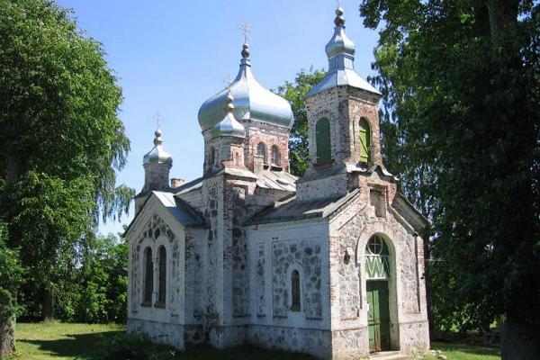 Die orthodoxe Heilige-Dreifaltigkeits-Kirche in Nõo (dt. Nüggen)