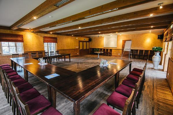 Vanaõuen lomakeskuksen kokoustilat