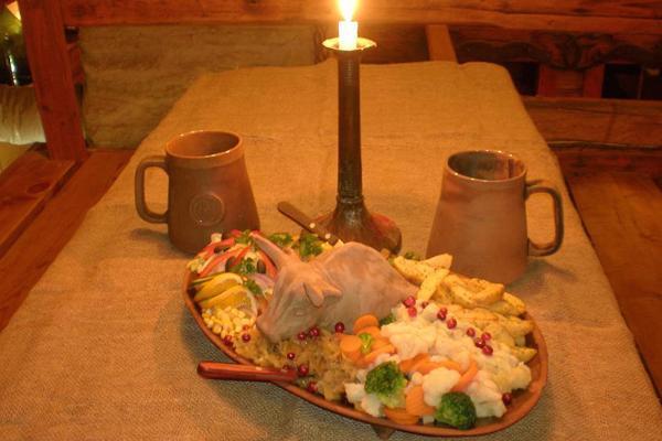 Viikinkien kylän taverna