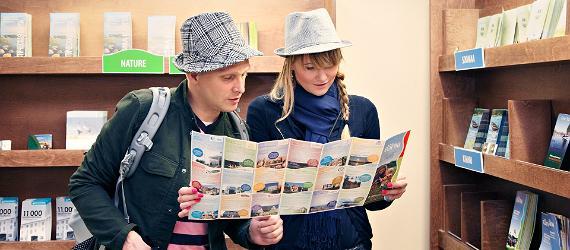 Estonia-introducing-brochures