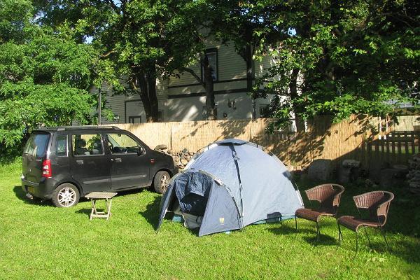 Karja Kämpingu telkimisala ja toad