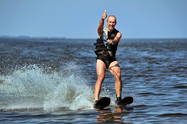 Водный спорт на Чудском озере
