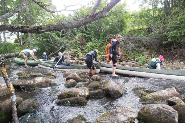 Kanuu.ee:n päiväretki kanooteilla Audrun joella