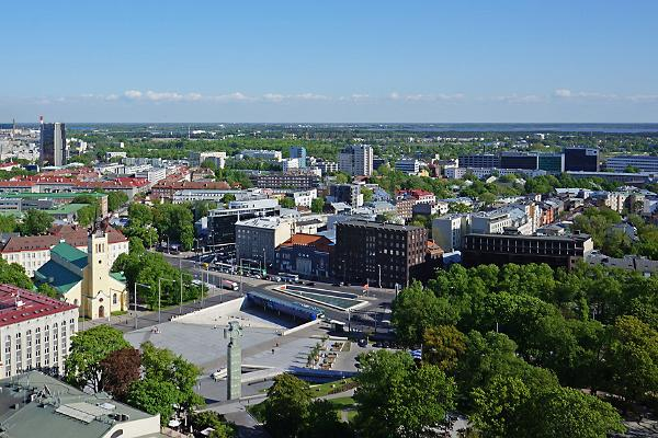 Площадь Свободы и Монумент победы в Освободительной войне в Таллинне