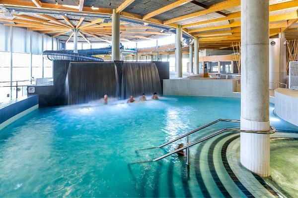 Tervise Paradiisin vesipuisto
