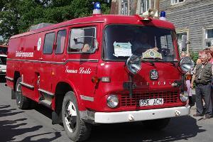 Sauna der Freiwilligen Feuerwehr in einem Feuerwehrauto