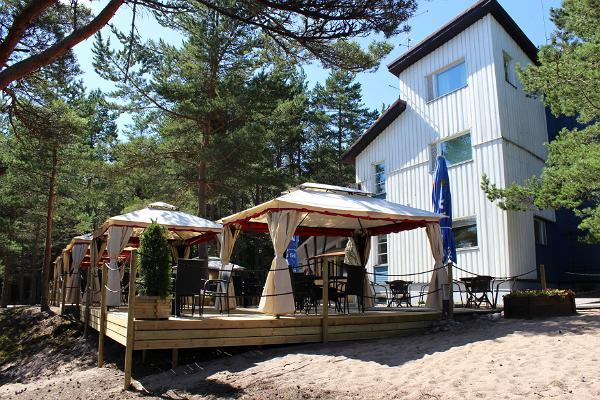 Naissaare Turismi- ja Puhkekeskus (Nargös Turist- och Semestercenter)
