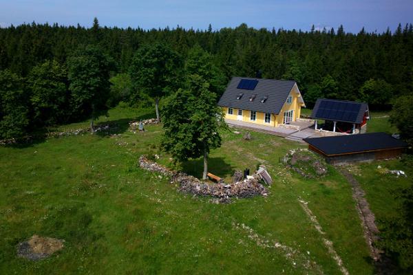 Uueõue holiday house on Kesselaid