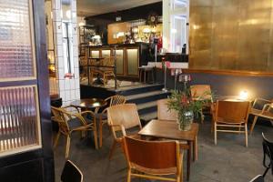 Restaurant, Bistro & Cocktail Bar Frank