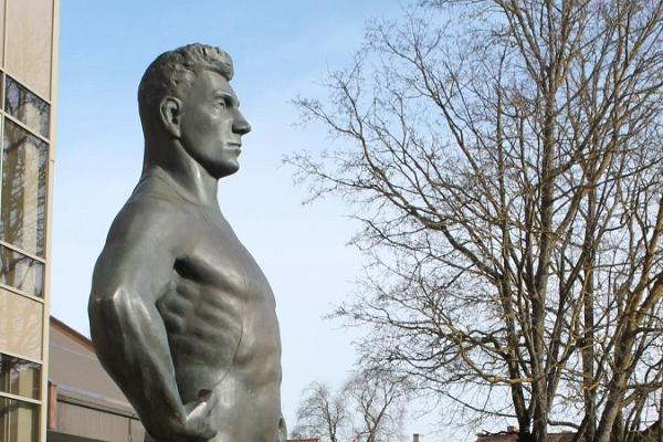 Martin Kleini monument (Martin Kleinin patsas)