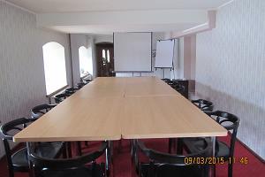 Veskisilla hotelli seminarisaal