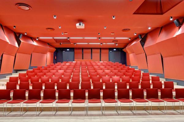Tallinna Loomaaia keskkonnahariduskeskuse konverentsiruumid