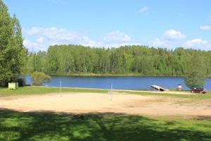 Moosten järvi