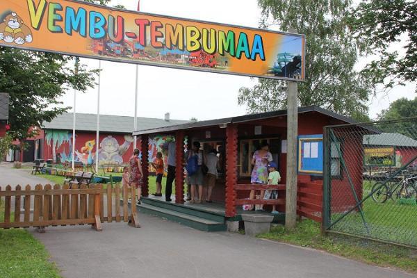 Vembu-Tembumaan perhepuisto