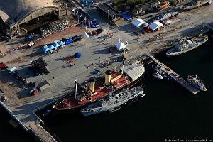 Tallinnan satamien kierros veneellä