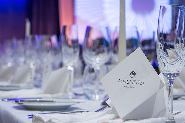 Show & Dinner restaurangen Merineitsi