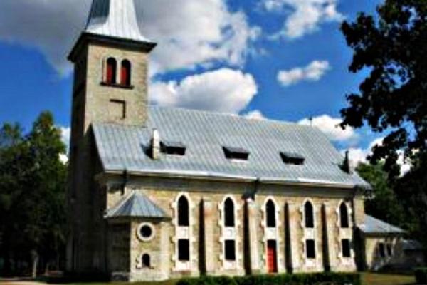 Tapa Jakobi kirik