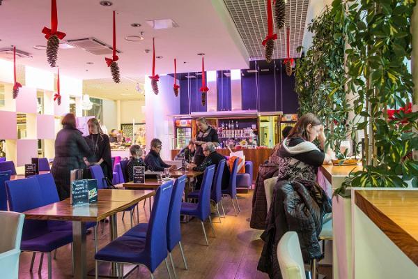 AMPS (dt. Happen) Cafés und Bistros in Tallinn