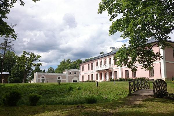 Экскурсия с гидом по Пярнускому уезду в направлении Аудру‒Тыстамаа‒Варбла