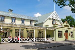Pärnu Kuursaal ja kõlakoda