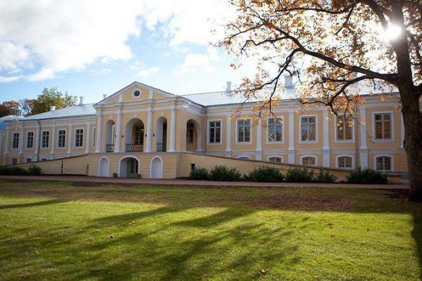 Vääna manor and manor park