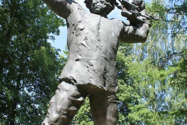 Puuaiasõja mälestusmärk