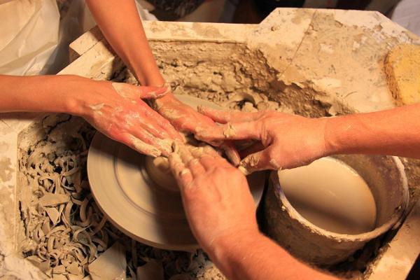 Eddi Potitehase keraamikatöötuba Maarja-Magdaleena Gildis