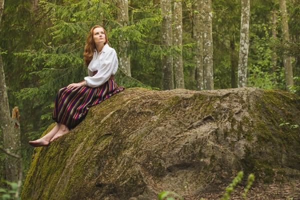 Der Burgberg und der Eichenwald von Kassinurme