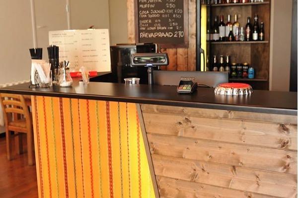 Kuivastu hamns kafé