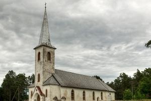 Kirche Urbanuse in Varbla
