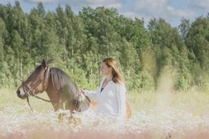 Unelmien kuvaus ponien kanssa ja poniajelu
